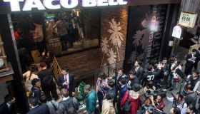 Taco Bell Opens New Tokyo Store