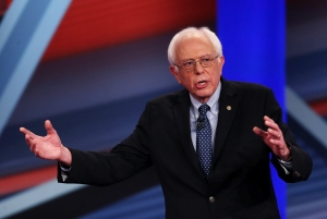 Democratic Presidential Candidates Hillary Clinton And Bernie Sanders Take Part In Town Hall Meeting