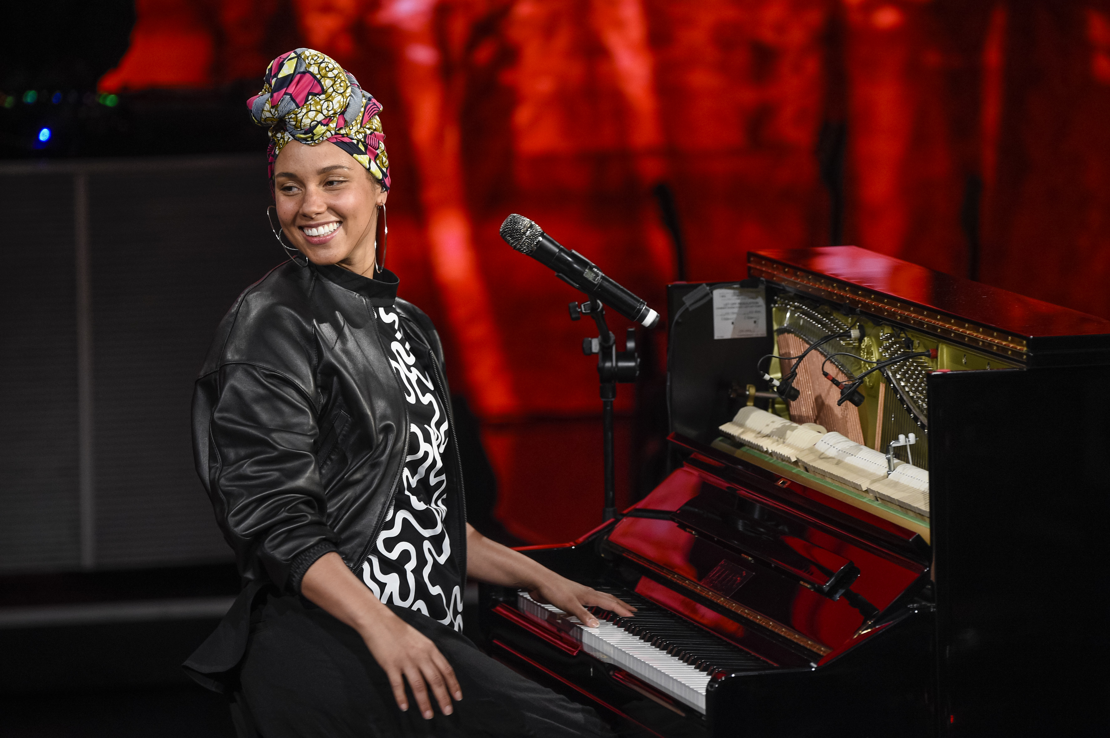 Alicia Keys Performs At 'Che Tempo Che Fa' Tv Show