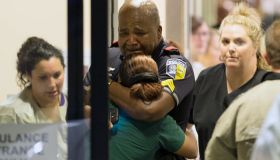 DART police officer cries at Hospital After Dallas Shooting