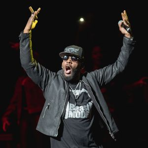 R. Kelly Performs At Bass Concert Hall