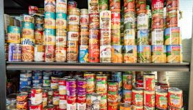 Tustin nonprofit transforms self-storage space into a food pantry