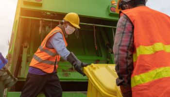 Angle shot garbage collector at teamwork